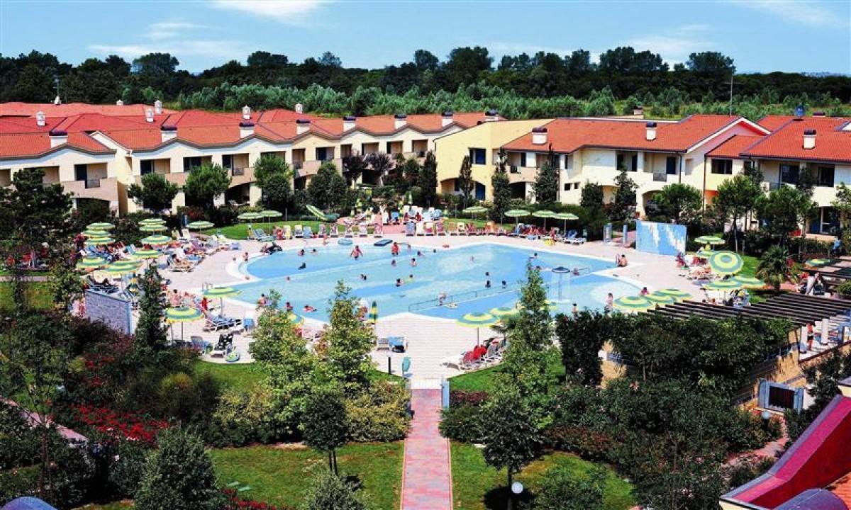 Lejligheder og pool på Marco Polo