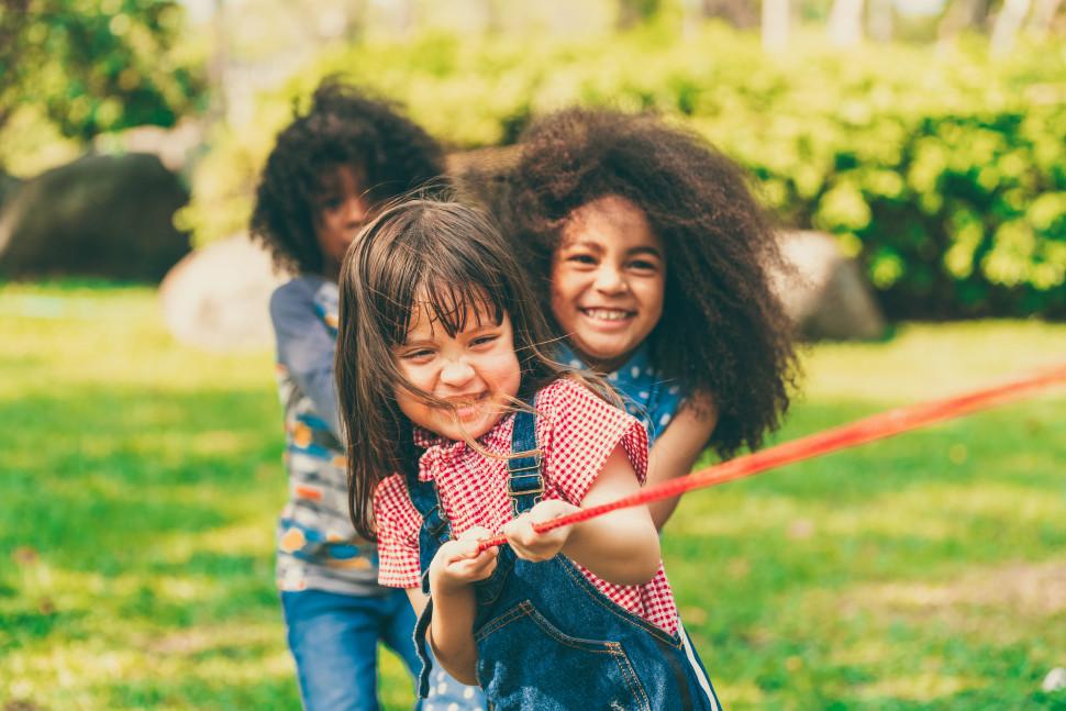 Allcamps en Right To Play samen in actie