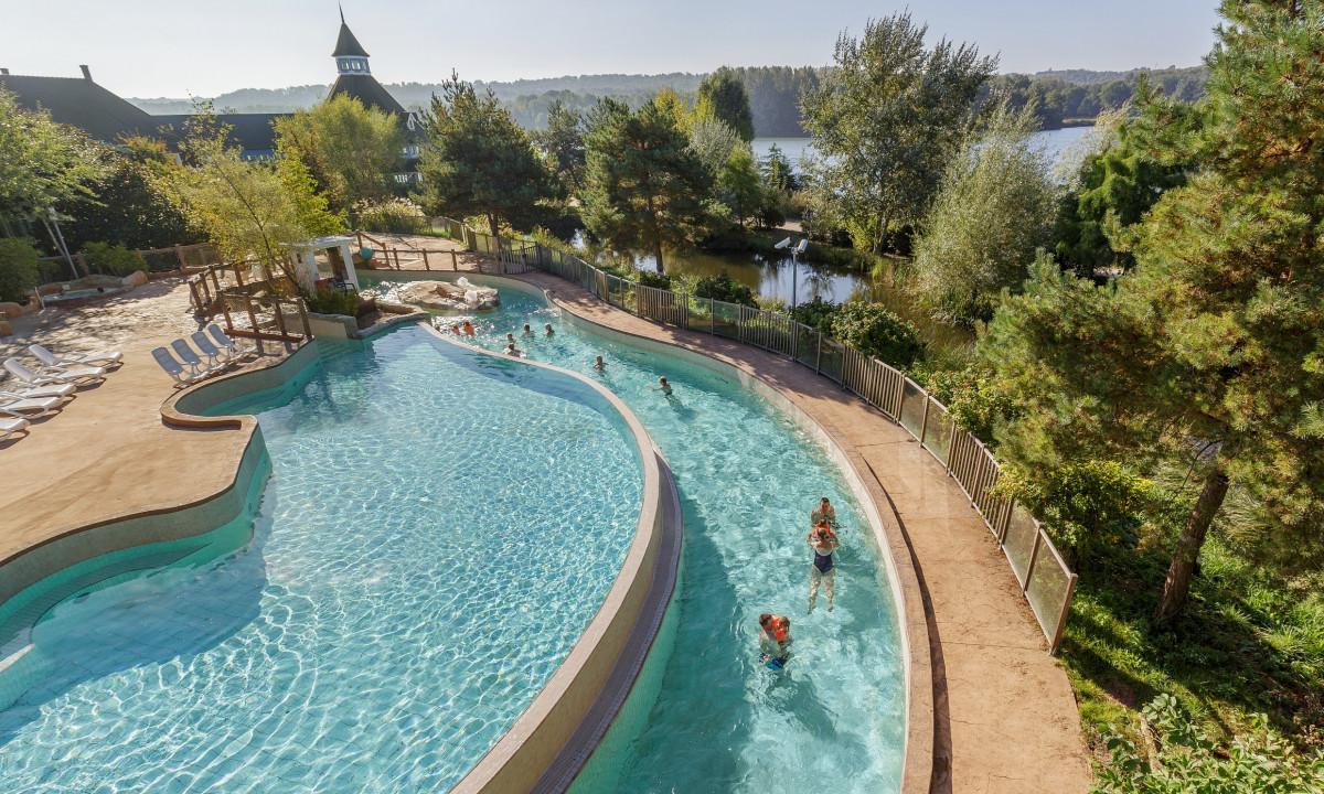 Udendørs pool på badelandet Le Lac