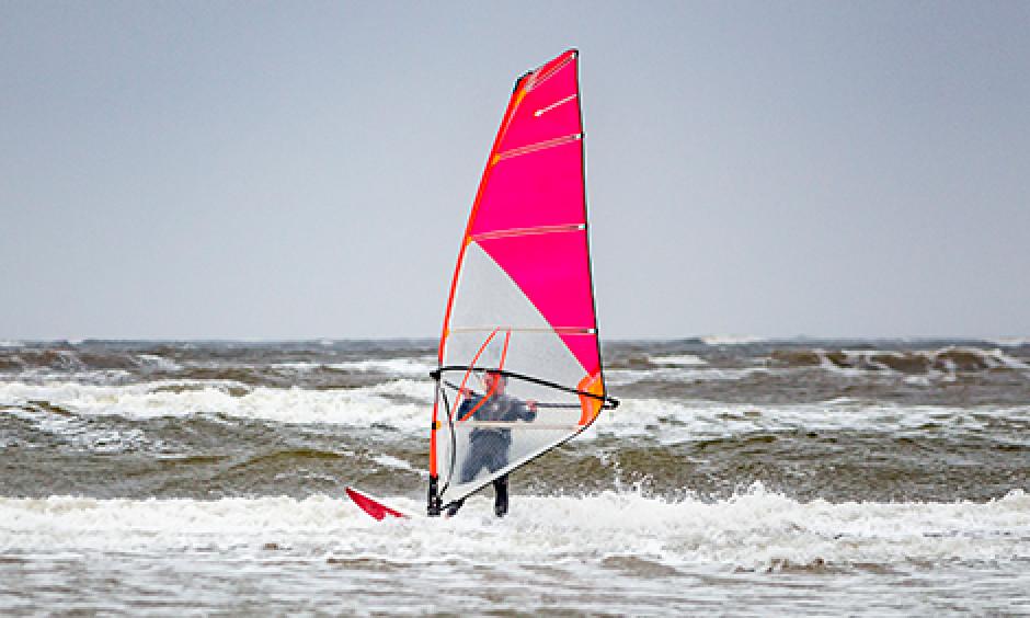 surfing, windsurfing, kitesurfing, bornholm