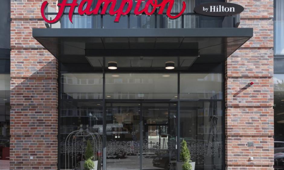 Hilton by Hampton