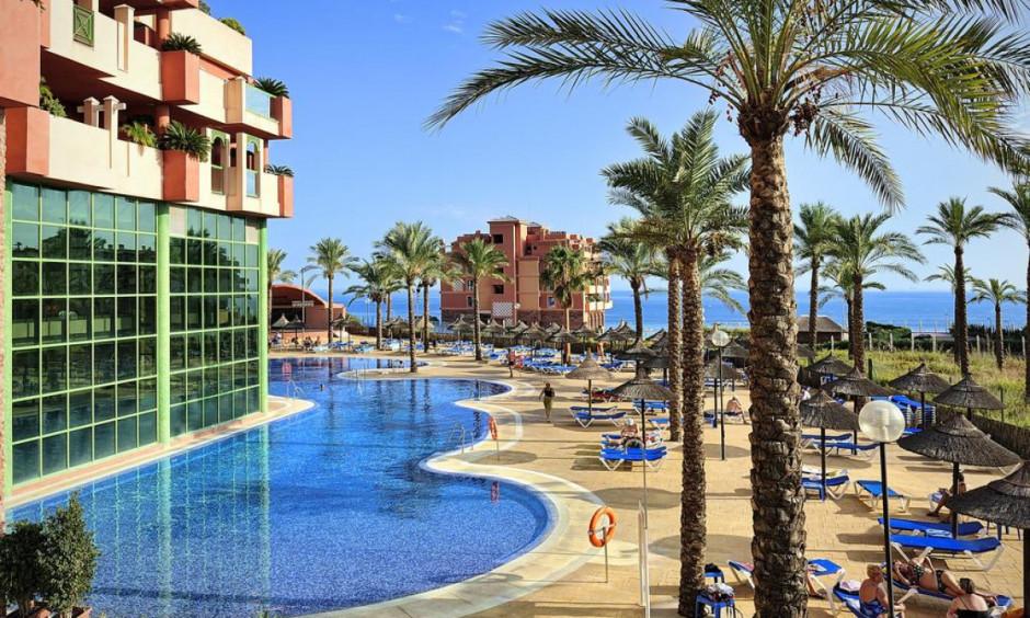 Hotel Holiday Palace - Afslappende poolområde