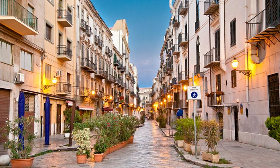 Savona - Hyggeligt bytorv i havnebyen
