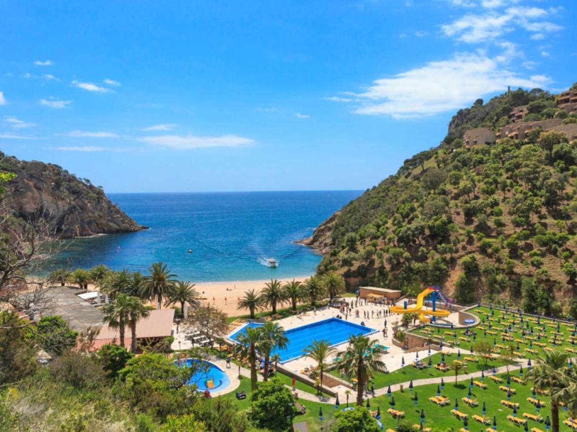 giverola-resort