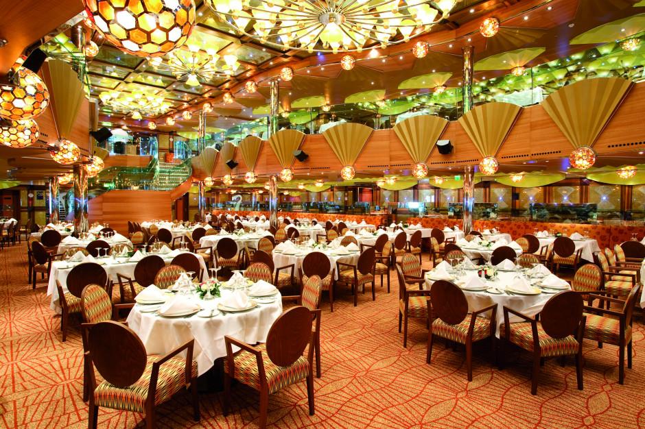 Costa Luminosa byder på 4 restauranter