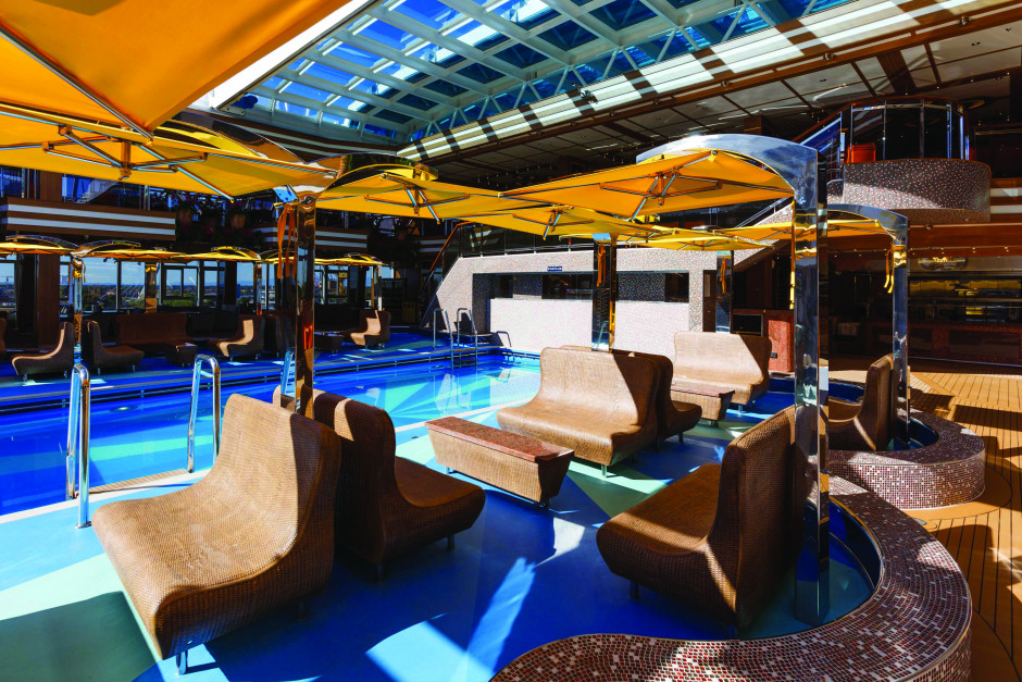 Pool Costa Diadema