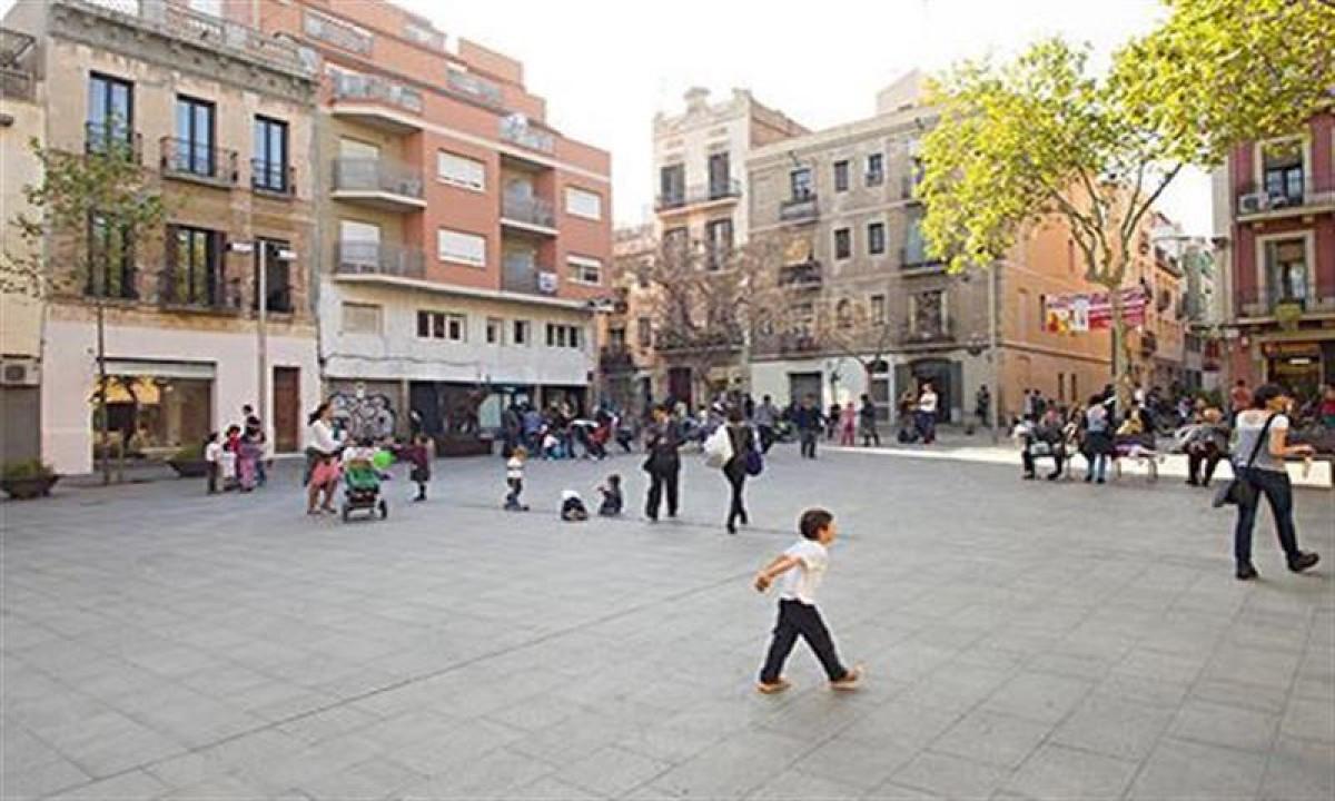 Jackpot Barcelona - Byliv tæt på lejligheden