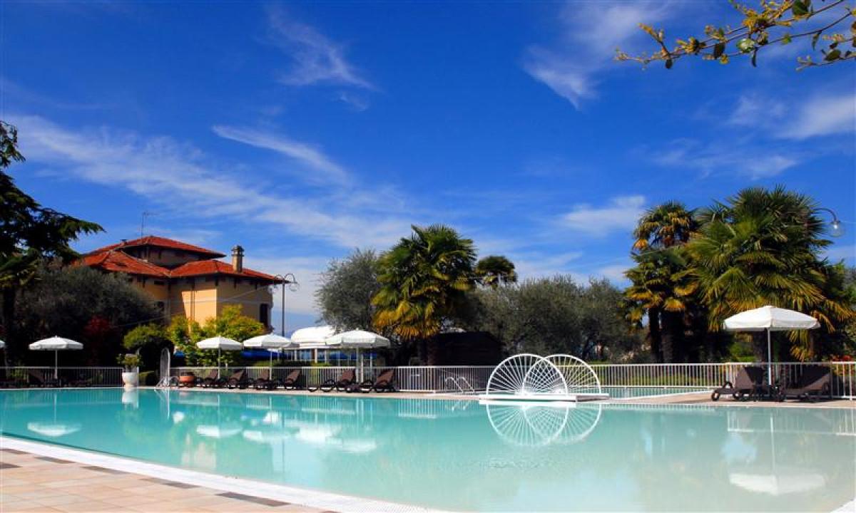 Villa Maria ved Gardasoeen - Udendoers swimmingpool