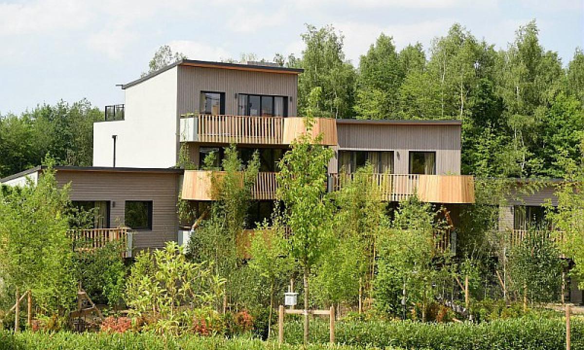 Villages Nature® Paris - Ferielejligheder omgivet af træer