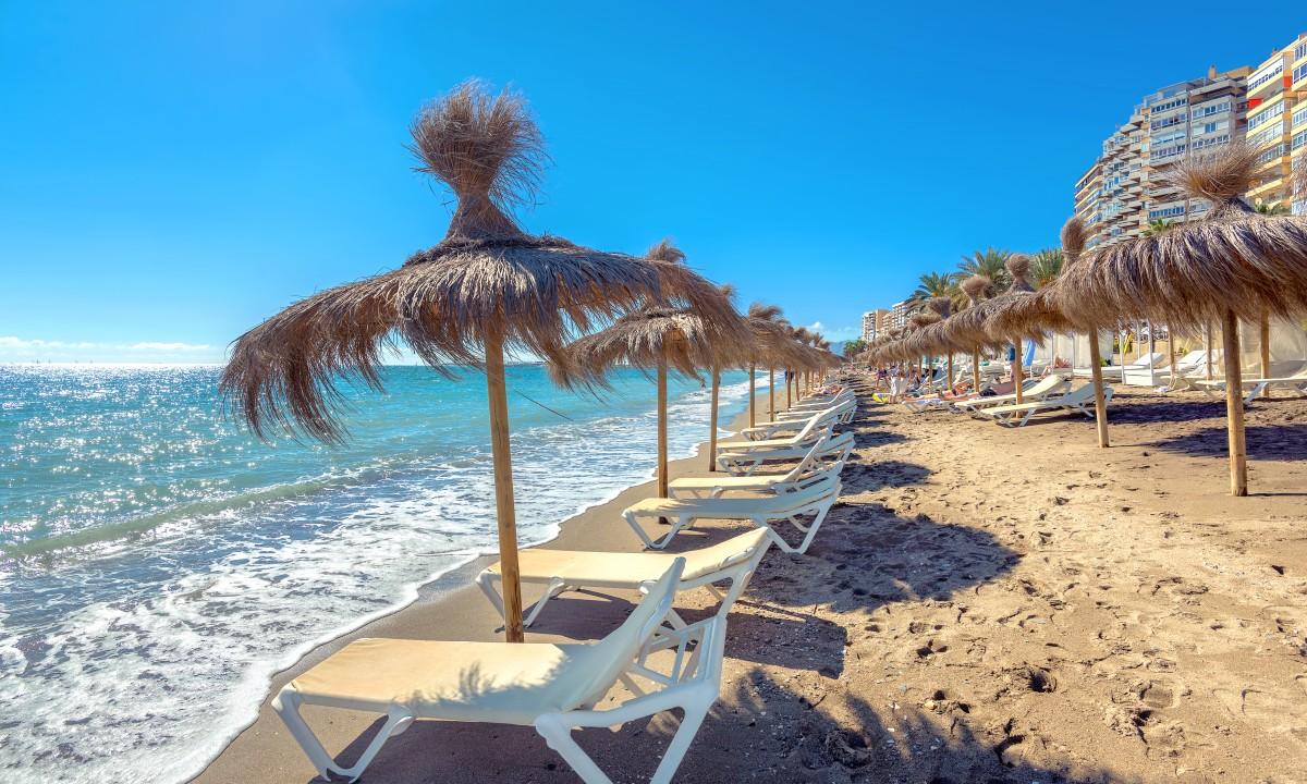 Badestrand ved Costa del Sol i Spanien