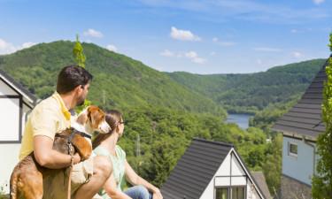 Vælg mellem både ferielejligheder og bungalows