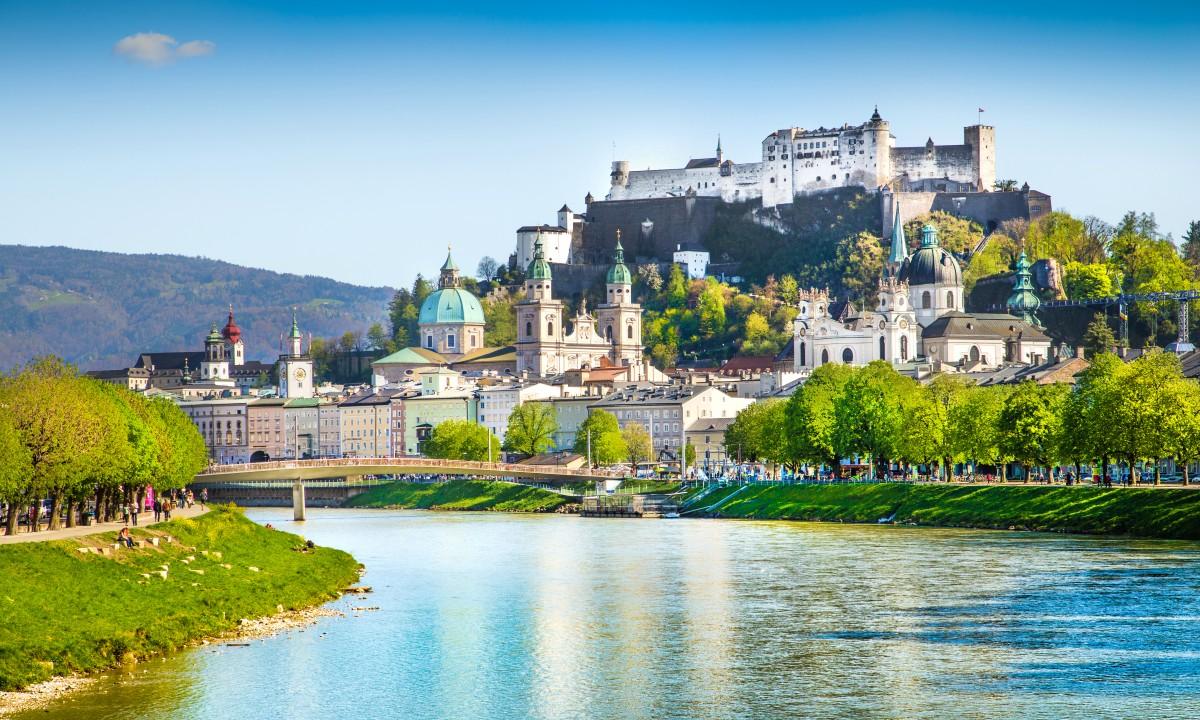 Udsigt til Salzburg i Oestrig