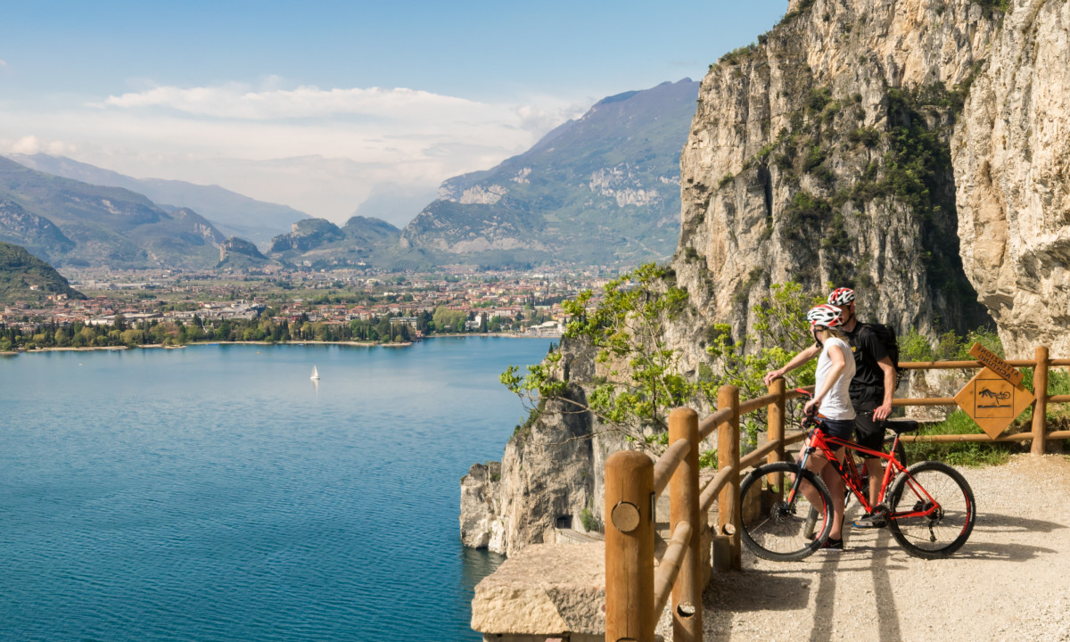 Gardasoeen i Italien - Cykling ved soeen