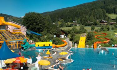Landhaus Rustika - Masser af sjov i pool, på rutsjebanerne med i prisen