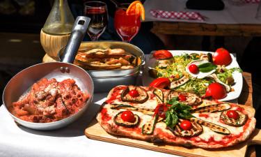 Restaurant,  pizzeria og indkøb