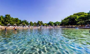 Beach Camping Pine Beach Pokastan auf Dalmatien