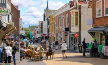 Zandvoort - Hyggelig gågade med caféer i den lille by