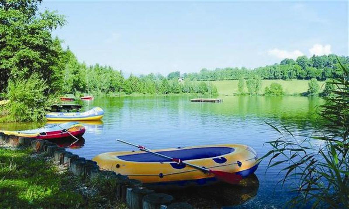 Tag en sejltur på søen