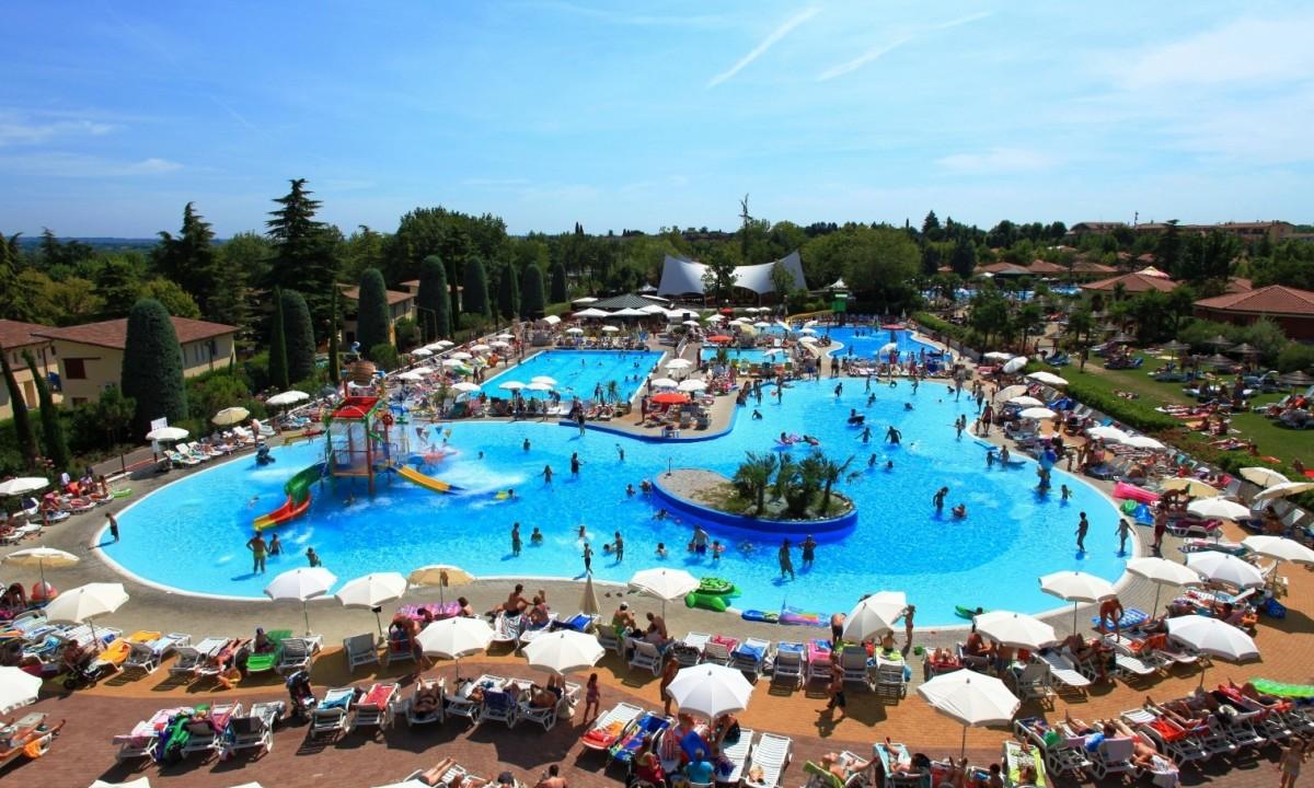 Camping - Poolområde på feriestedet