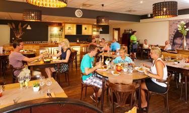 Restaurant, bar og takeaway