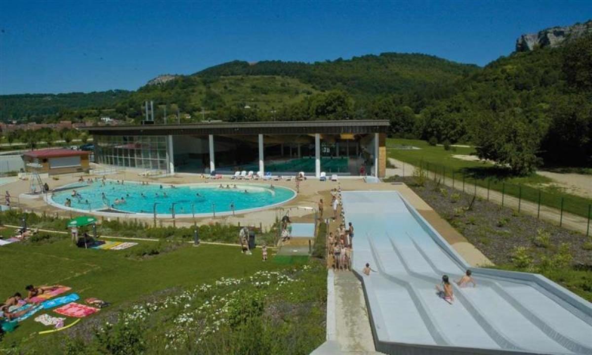 Ornans poolkompleks - Jura i Frankrig