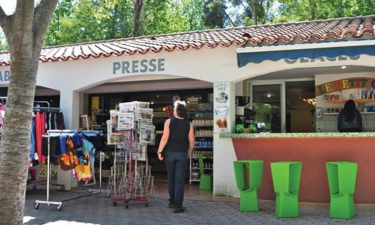 Shopping Camping Le Soleil in Languedoc