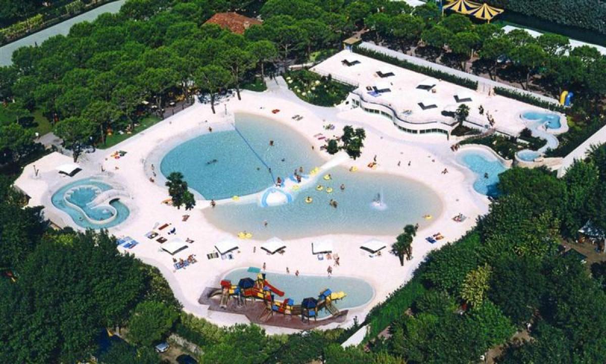 Poolområde - Mange skønne pools