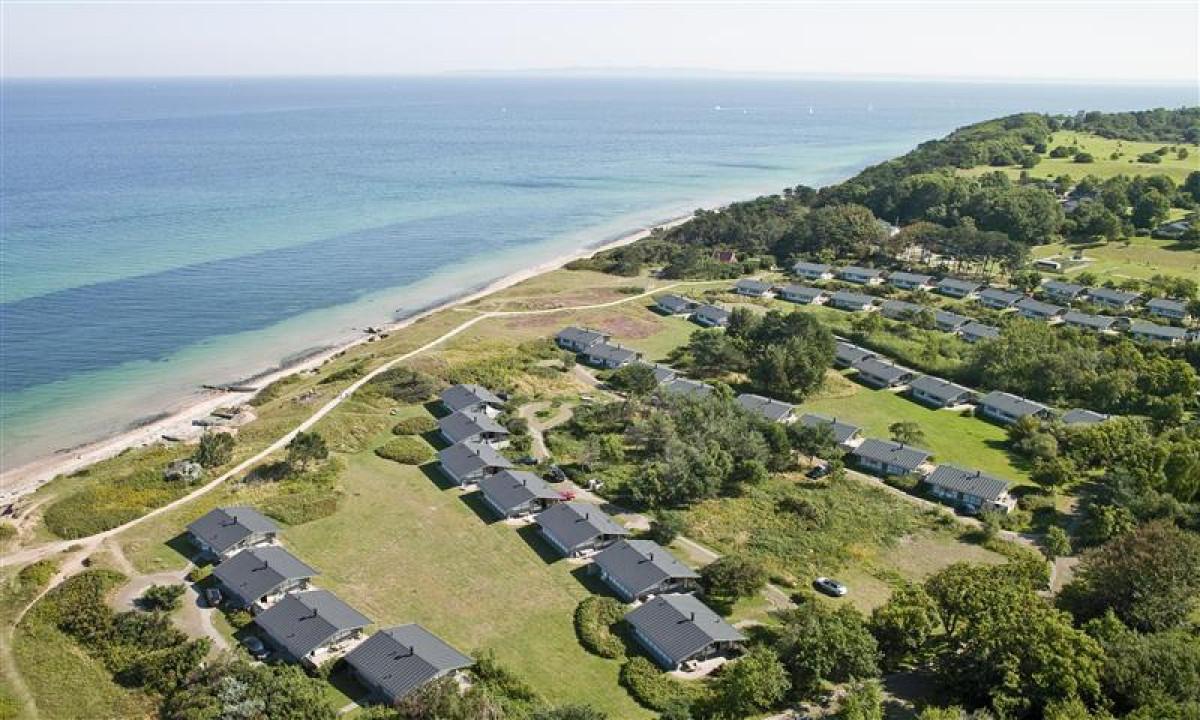 Gilleleje Feriecenter - Set fra oven samt stranden
