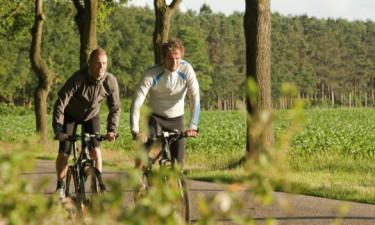 Oplev den skønne natur til fods eller på cykel
