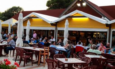 Tre restauranter og en bar