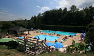 Swimmingpool og strand