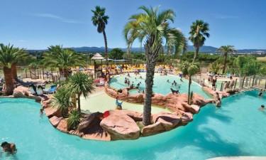 Stort, skønt poolområde og strand