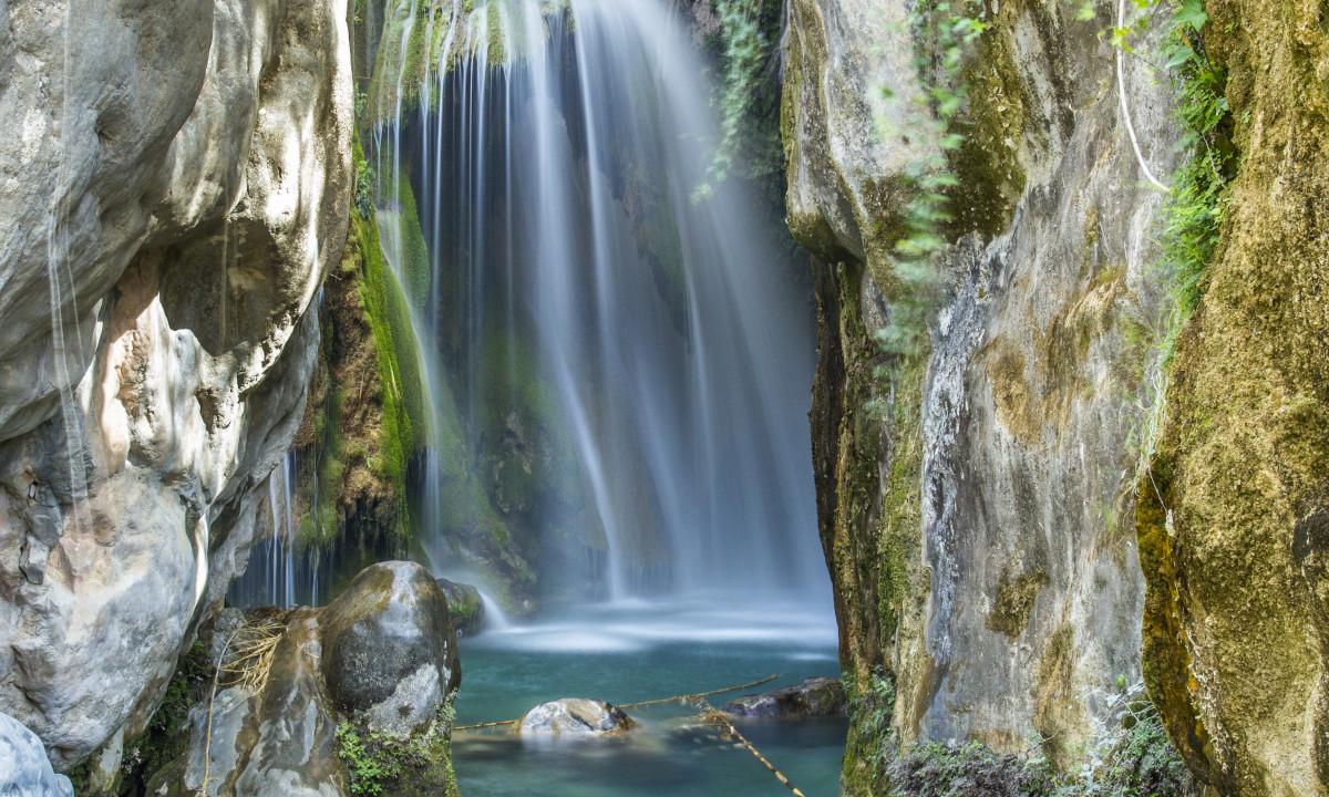 Algar vandfald ved Costa Blanca, Spanien