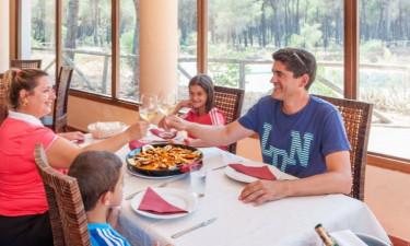 Restaurant Camping Donarrayan Park in Andalusien