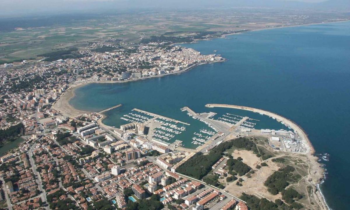 Luftfoto af omraadet og L'Escala