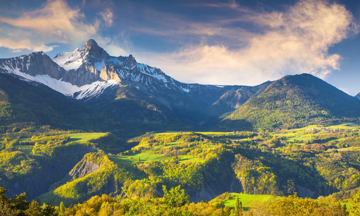 Pyrenaeerne - Bjergrig natur