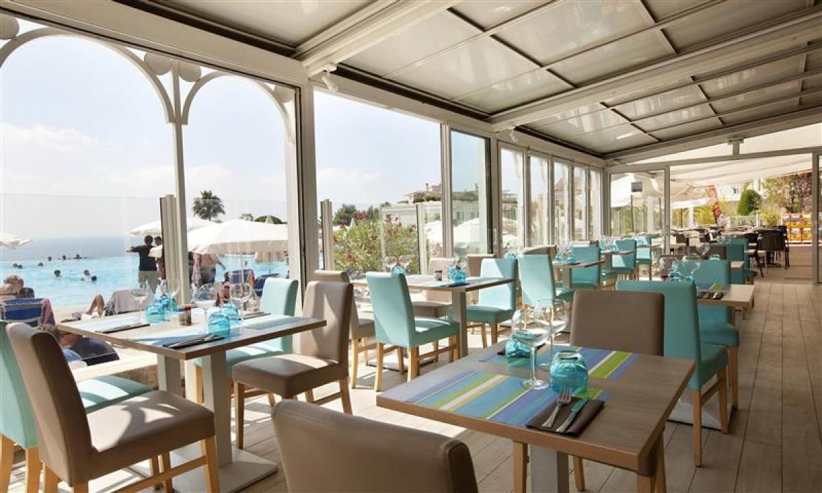 Restaurant på feriestedet Cannes Villa Francia