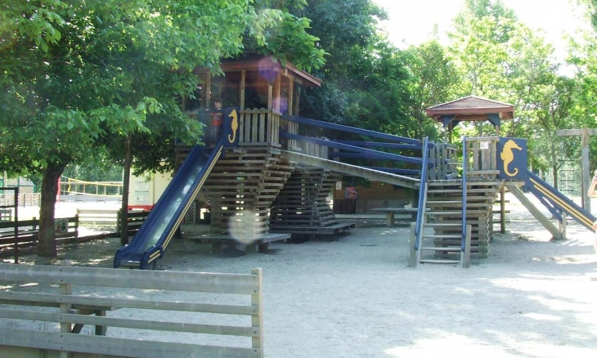 Legeplads til børnene