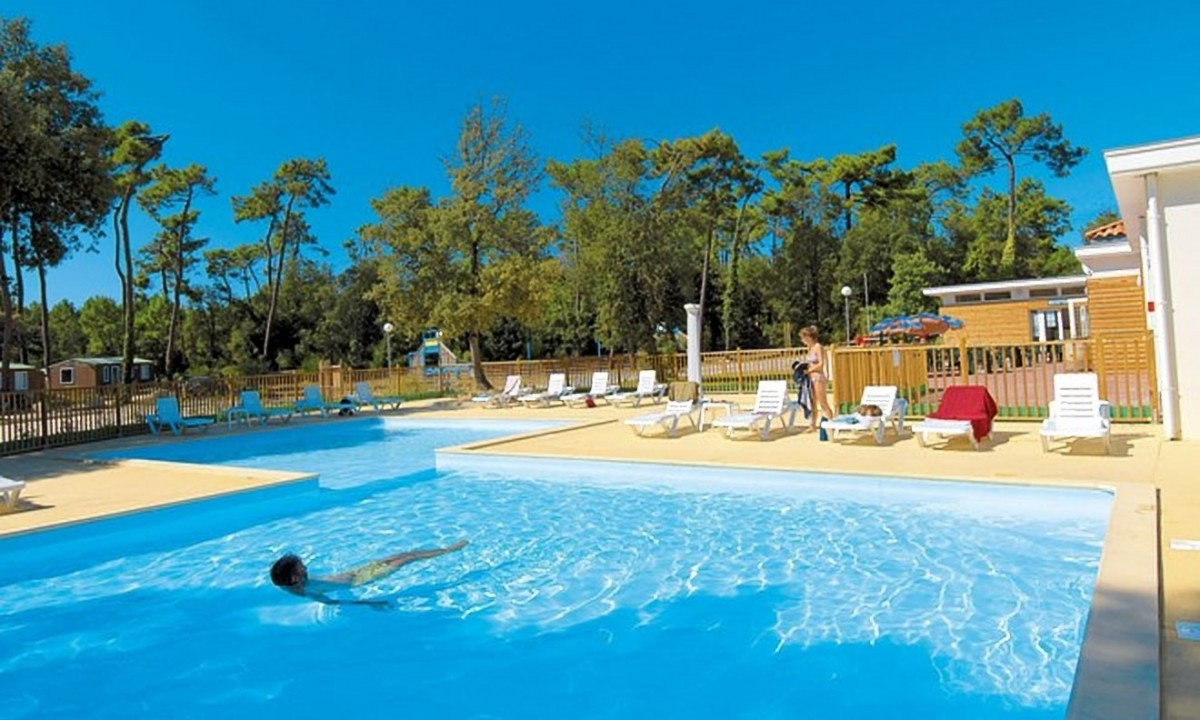 Campingpladsens pool