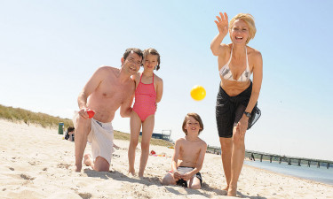Weissenhäuser Strand - Familie nyder badestranden