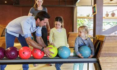 Les Bois-Francs - Familie spiller bowling