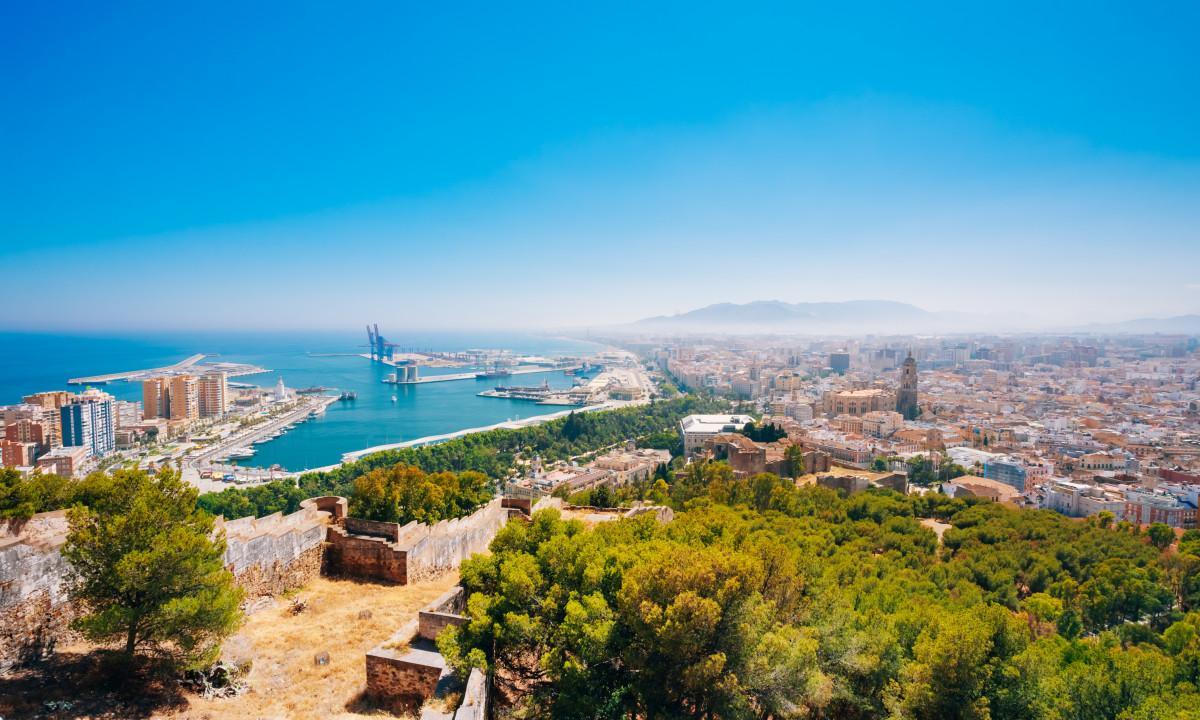 Malaga - Udsigt over byen og havet
