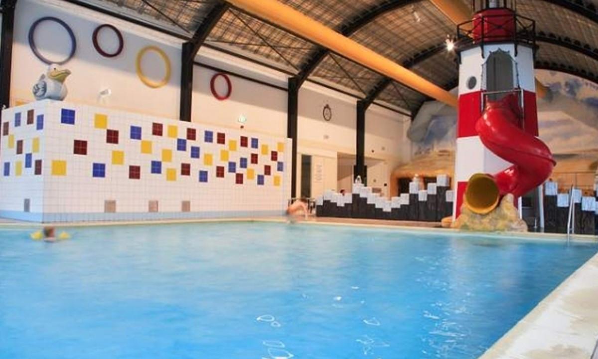 Det indendørs poolområde