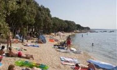 Splinternyt poolområde og kilometerlange strande