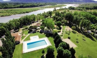 Camping Les Rives De Luberon - Provence