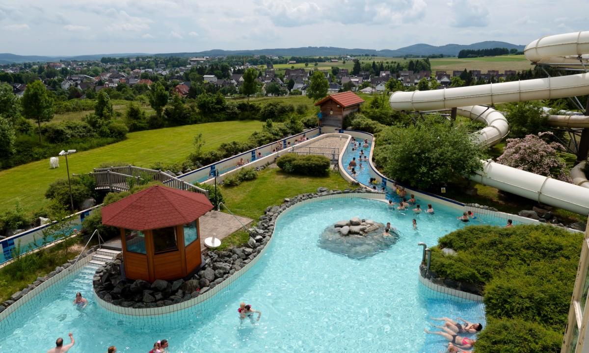 Badeland Hochsauerland - Pools og vandrutsjebaner
