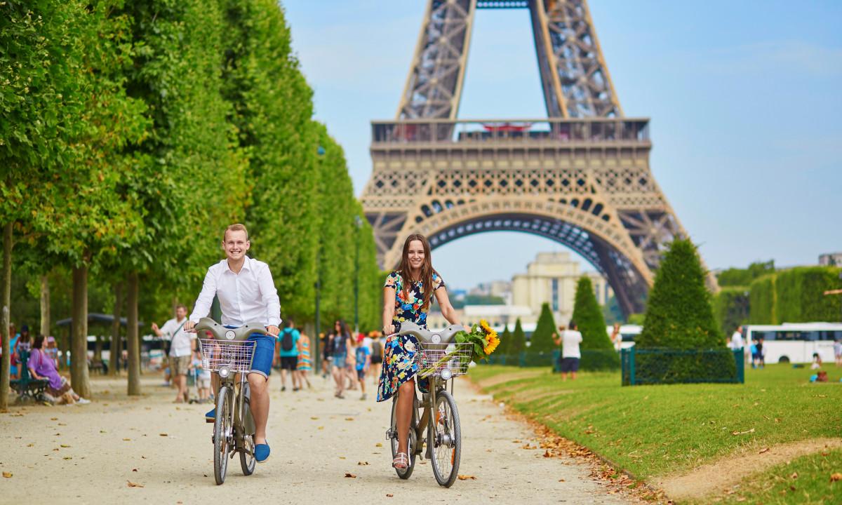 Cykeltur paa camping i Paris