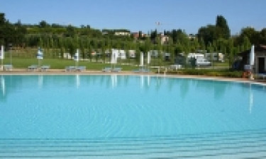 Schwimmbad Camping Piantelle am Gardasee