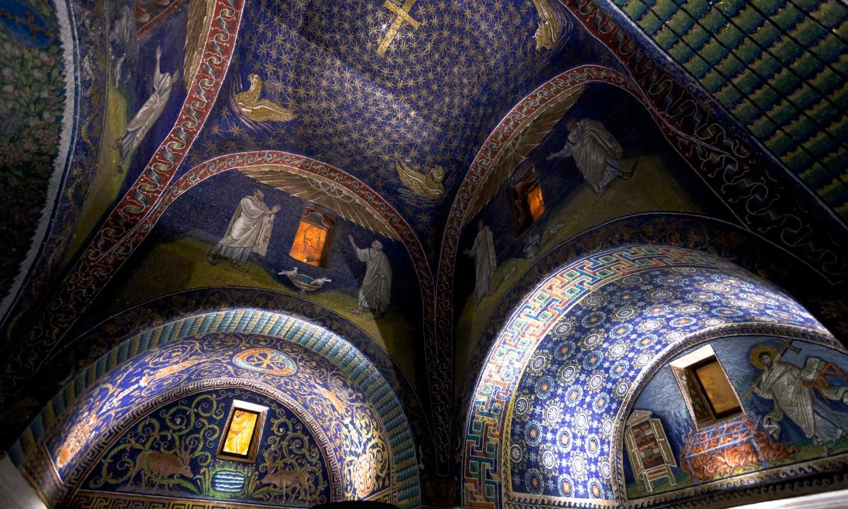 Mosaikbyen, Ravenna ved Adriaterhavskysten