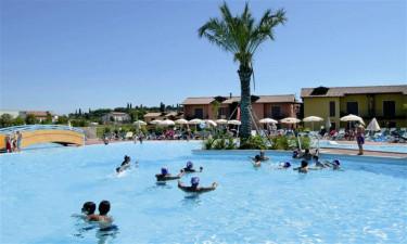 Eden ferielejligheder ved Gardasoeen - Swimmingpool